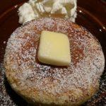 【93キロからのダイエット256日目】Eプロントの窯焼きホットーケーキの表面がザラメでパリパリ