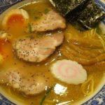 清潔感を保つ「青葉」和風と豚骨の融合スープが安定感抜群!