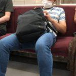【電車】公共の場での非常識な人間がこちら動画画像~なんだコイツ~